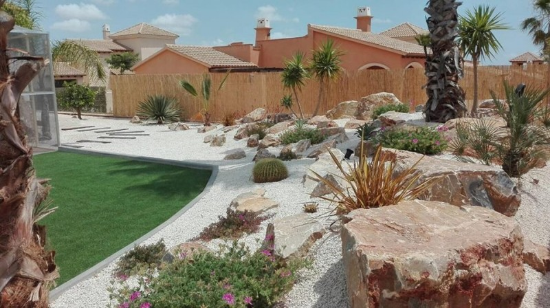 Home Space Homes and Gardens for all building, property maintenance, pool construction and garden improvement projects in the Murcia region.