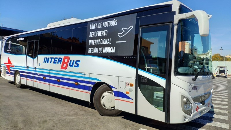 Bus services between Condado de Alhama and Corvera Airport