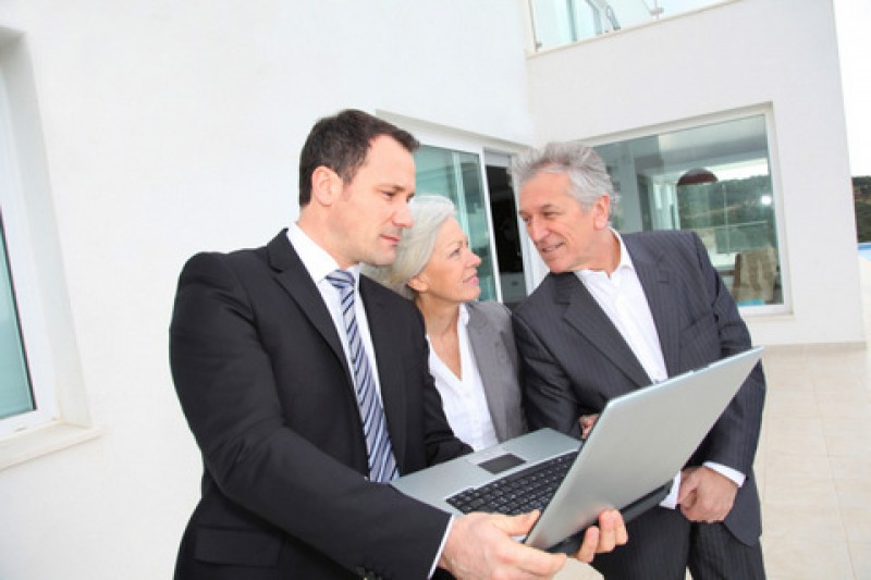 <span style='color:#780948'>ARCHIVED</span> - Notaries report May decrease in Spanish property sales