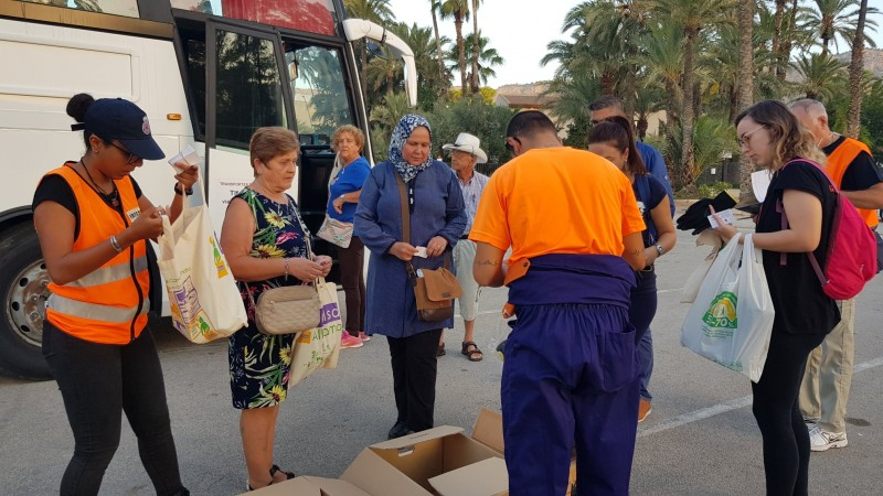 <span style='color:#780948'>ARCHIVED</span> - Alhama de Murcia providing volunteer bus for those who want to help with the Gota Fría clean-up