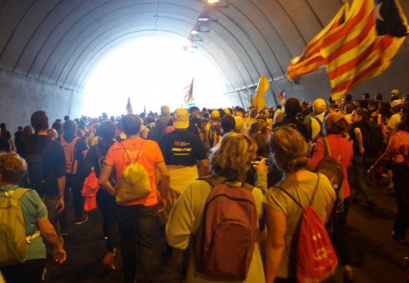 <span style='color:#780948'>ARCHIVED</span> - A million protesters expected in Barcelona as Catalan separatists call a general strike