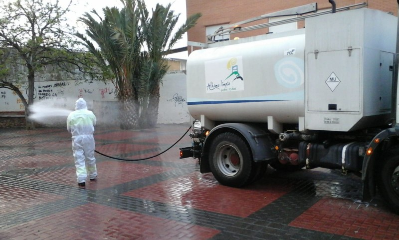 <span style='color:#780948'>ARCHIVED</span> - Alhama de Murcia continues to disinfect streets within the municipality