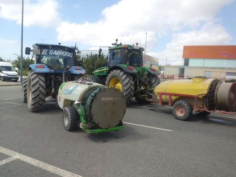 <span style='color:#780948'>ARCHIVED</span> - Agricultural sector essential part of Águilas fight against Covid-19