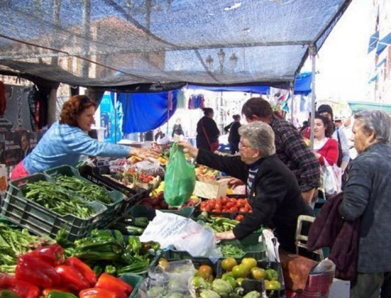<span style='color:#780948'>ARCHIVED</span> - Alhama de Murcia street market returns in full on Tuesday