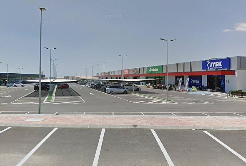 <span style='color:#780948'>ARCHIVED</span> - Mazarrón shopping park and Los Alcázares hotel purchased by Hungarian investors