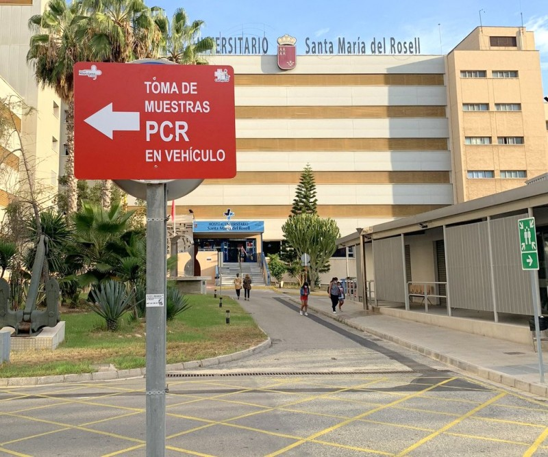 <span style='color:#780948'>ARCHIVED</span> - Visitors and companions not allowed at Santa Lucía and Rosell Hospitals
