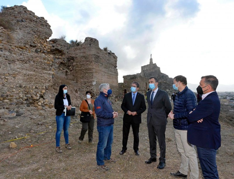 <span style='color:#780948'>ARCHIVED</span> - Preliminary work begins to restore the summer palace of the Wolf King in Monteagudo