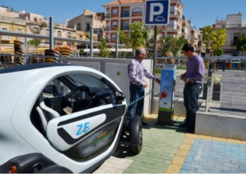 <span style='color:#780948'>ARCHIVED</span> - Spain falls behind EU in electromobility