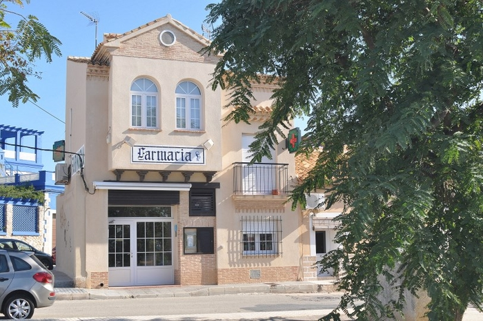 Medical centre and chemists in Cabo de Palos