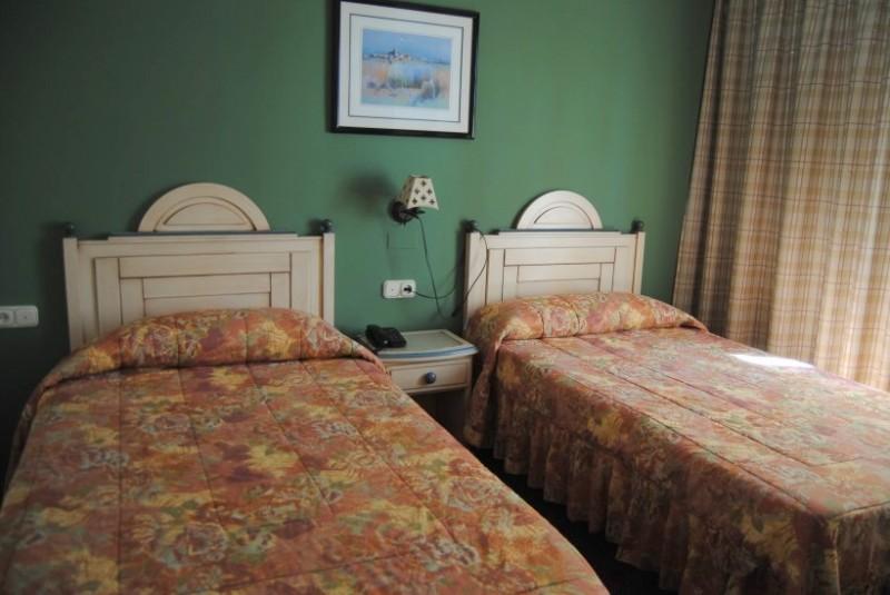 Accommodation in Alhama de Murcia, Hotel Los Bartolos